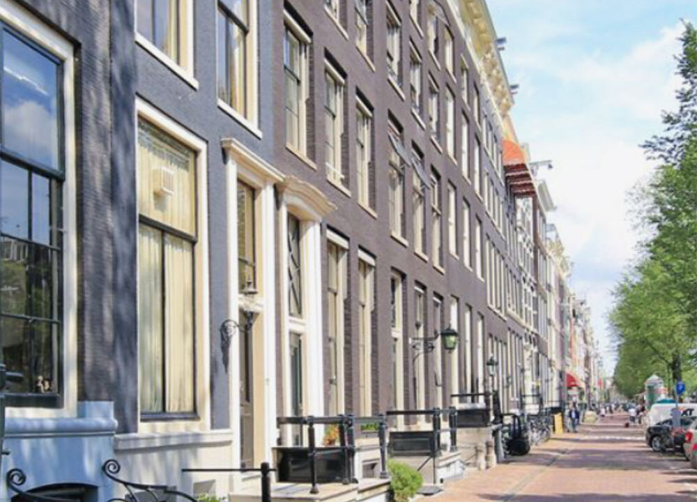 Herengracht apartments amsterdam street